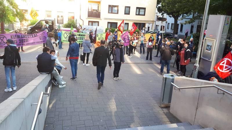 Protest von Extinction Rebellion vor dem Stadtplanungsausschuss am 7. September 2020